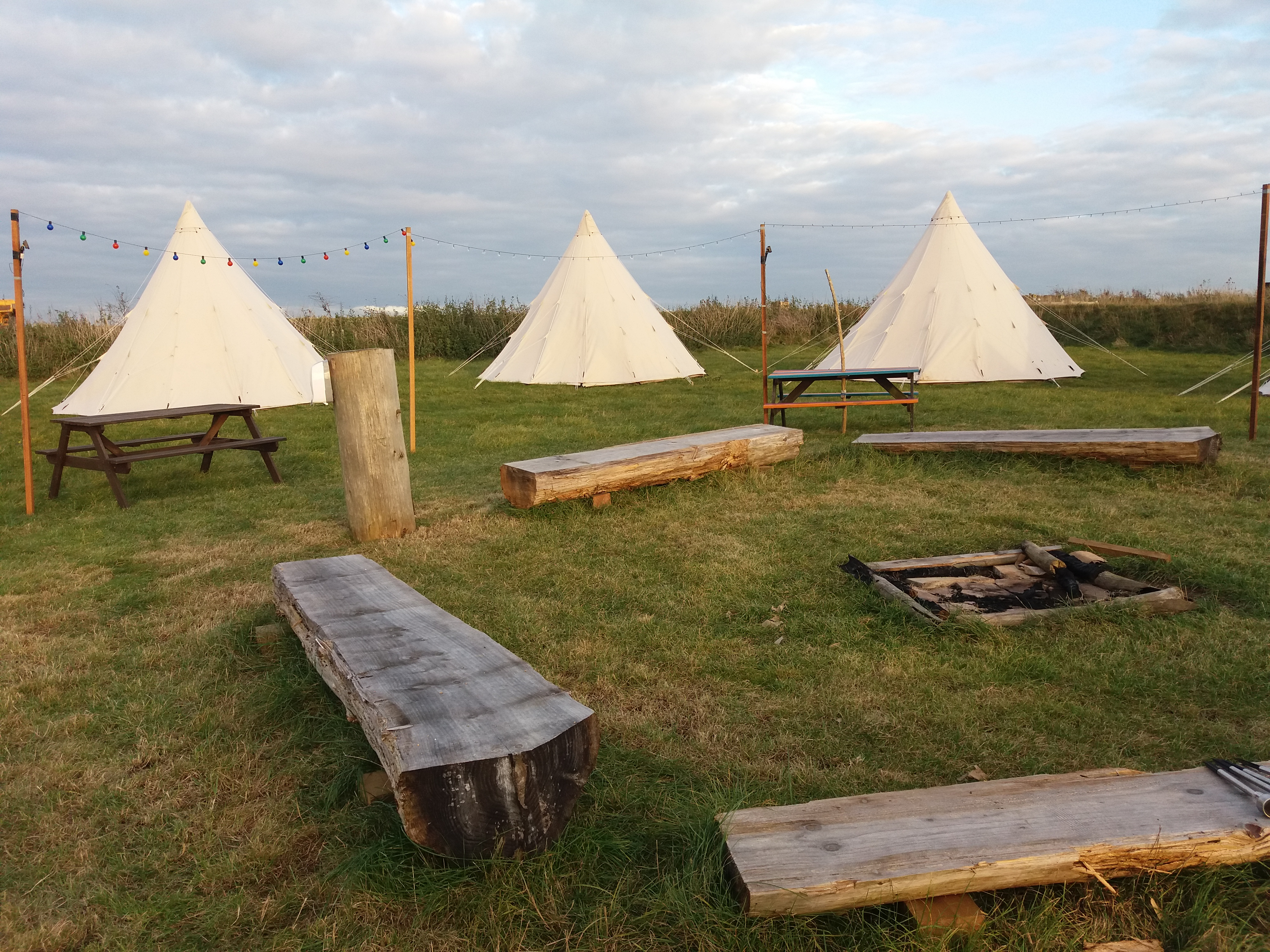 20161021_152159 20161020_171306 20161020_174819 img_0708 : tipi and bell tent hire - memphite.com